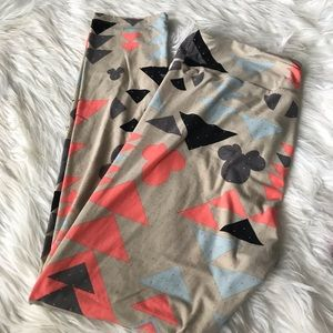 LuLaRoe TV Disney leggings